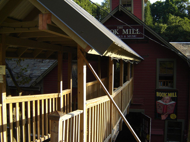 Montague Bookmill 2