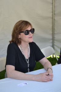1200px-maria_semple_at_2013_l-a-_times_festival_of_books