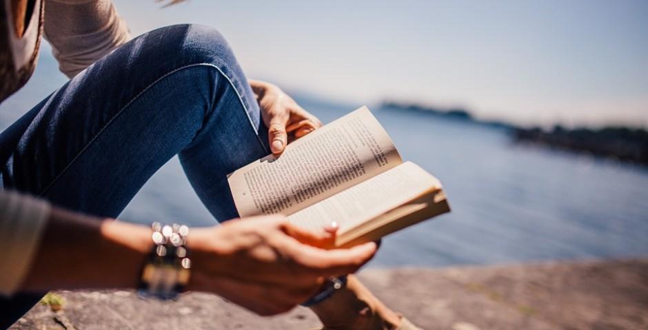 iubesc-sa-citesc-de-ce-sa-recitesti-cartile-preferate